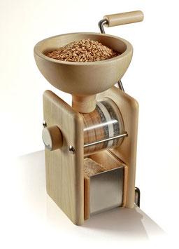 Komo Handmühle inkl. Gutschein über Biogetreide im Wert von 10 Euro