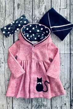 Mantel gerafft rosa mit Katze