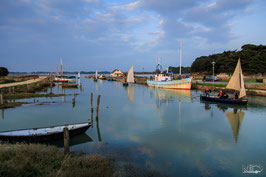 CADRE PHOTO EN BOIS - L'arrivée des bateaux toutes voiles dehors à Kercabellec