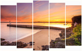 Triptyque, Lever de soleil sur le phare de Merquel   Composé de 3 Photographies au format panoramique vertical 30*60cm  sur Alu Dibond.  Dimensions  90*60cm