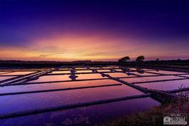 Tableau  Alu-Dibond - L'heure bleue sur les marais salants de Boulay.  Saint Molf