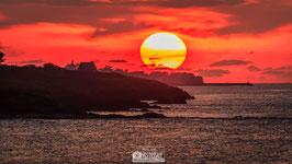 Tableau photo Alu-Dibond - Coucher de soleil sur Piriac et la maison du Douanier