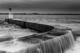 CADRE PHOTO EN BOIS MESQUER-QUIMIAC- Water In Motion - Noir Et Blanc