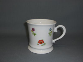 Kaffehaferl mit Streublumen