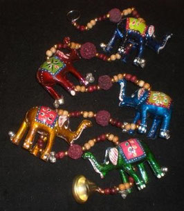 Colgante 5 elefantes grandes pintados
