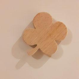 OWO - Magnet trèfle bois en châtaignier massif - aimant 1.8kg