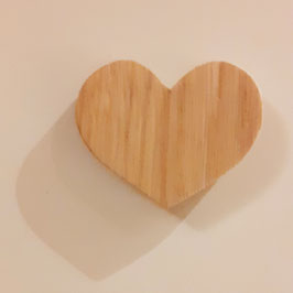 OWO - Magnet coeur bois en châtaignier massif - aimant 1.8kg