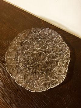 保谷クリスタルの大皿「木かげ」