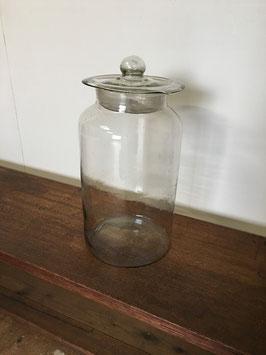 気泡ガラスのレトロな保存瓶
