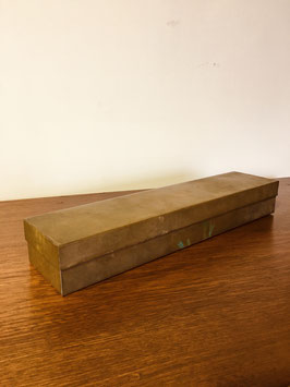 真鍮の蓋付き箱