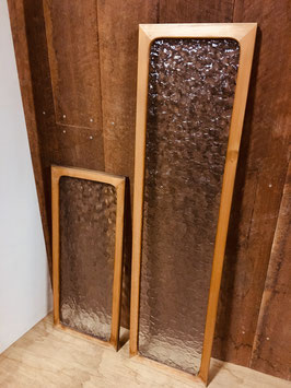 木枠付き型板ガラス「石目」