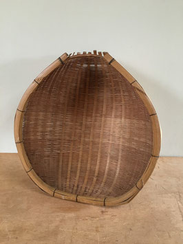 竹製の片口ざる