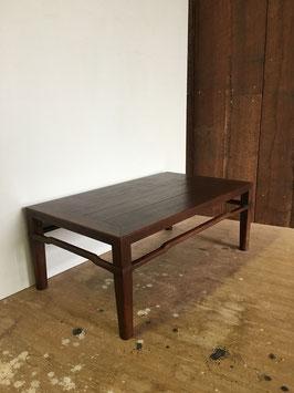 チーク材の小さな飾り台(もしくは小机)