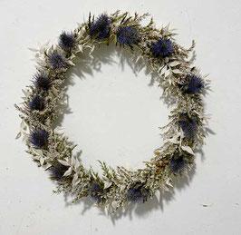 #38 Trockenblumenkranz natur - weiß - blau