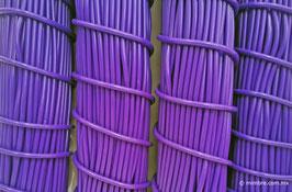 Cordón plástico de PVC morado de 4.6 mm