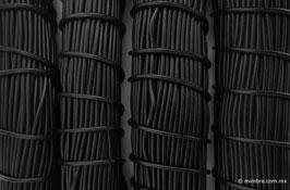 Cordón plástico de PVC negro de 4.6 mm
