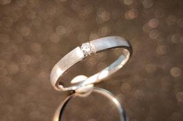 1 Solitaire Ring Weissgold 750/000, mit 1 Brillant, Ref. 1.4.574