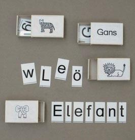 eb02:  Buchstabenschachteln