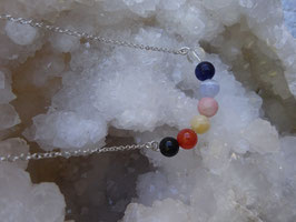 Collier  7 chakras perles 8 mm