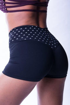 Nebbia Damen High Waist Shorts