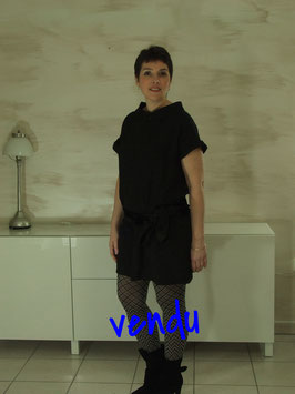 Robe intemporelle noire