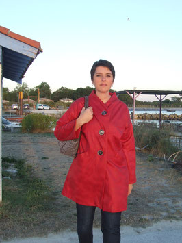 Manteau imitation peau rouge
