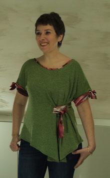 Tunique en maille vert bronze clair et satin foulard