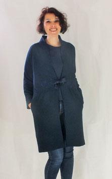 Manteau crêpe polyester bleu avec dentelle de Calais