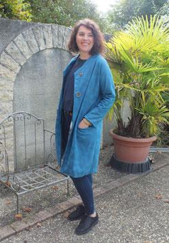 Manteau imitation peau bleue tendance année 1930