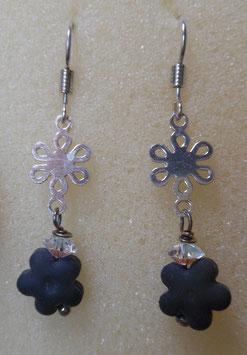 orecchini pendenti fiorellino nero