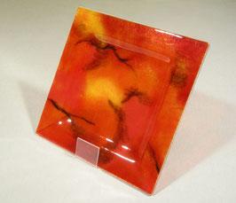 Assiette carrée camaïeu rouge
