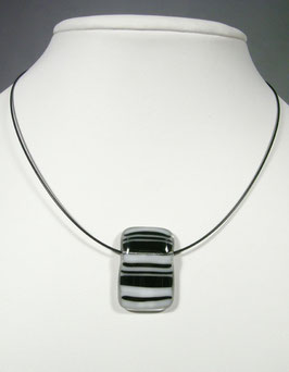 Pendentif rectangle rayé noir blanc