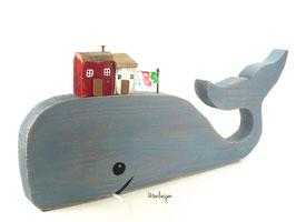 Treibholz - Wal mit Fischerhäusern, Wäscheleine