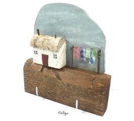 Treibholzdeko - Schlüsselboard, kleines Fischerhaus mit Wäscheleine