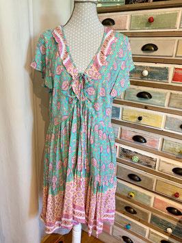 "nikivibes Dress ""Simona"" Print Ornament"