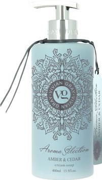 Vivian Gray Aroma Selection Amber & Cedar Creme Seife