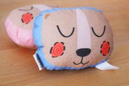 Rassel - Brummbär Karl - schlafender Bär in rosa und blau