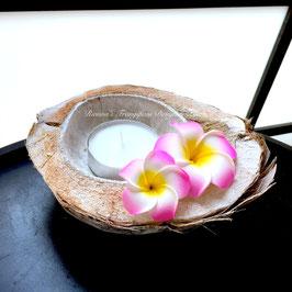 Kokosschale mit Blüten 18-20cm