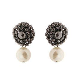 Ohrclips gehäkelt aus silberüberzogenem Metalldraht und Perlen