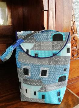 Windeltasche Cleo -Häuser, Baumwolle blau-grau, Handarbeit