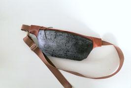 Hüfttasche, Crossbody Bag Firnis , Handmade