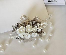 Porzellan Blüten Haarkamm Mauerblümchen
