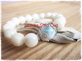 ★Bracelet ~ Mother of Pearl/Larimar