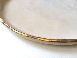 Platos con filo de oro o plata