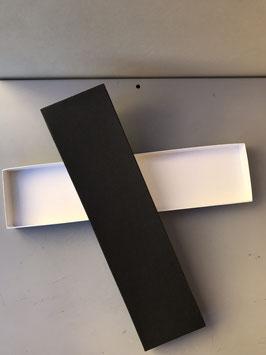 Schlichte schwarze Kartonbox für Uhren