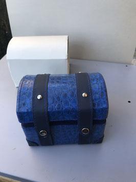 """Blaue Uhrenbox """" Überseekoffer"""""""