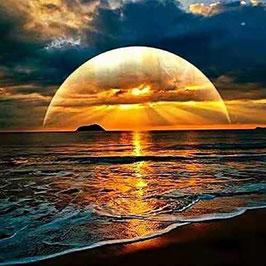 Zonsondergang op het strand - J18192