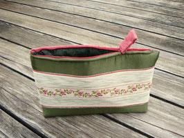 Tablet Bag für iPad Mini - Blumen auf olivgrün