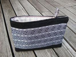 """Tablet Bag  für iPad Air + Pro 9,7""""  - Krawatten Seide Grau auf Schwarz"""