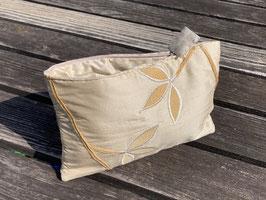 Tablet Bag für iPad Mini – Blumen bestickt ivoire